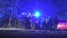 Die Absturzstelle in Baden-Württemberg: Die Bergung ist wegen Schnee schwierig, drei Menschen verloren bei dem Unglück ihr Leben
