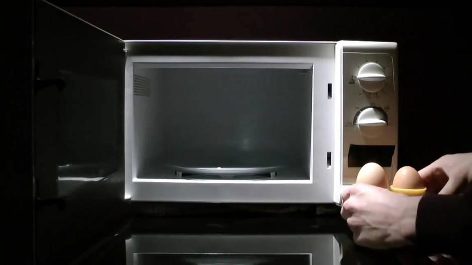 Explosionsgefahr: Hartgekochte Eier aufwärmen? Aber bitte nicht in der Mikrowelle