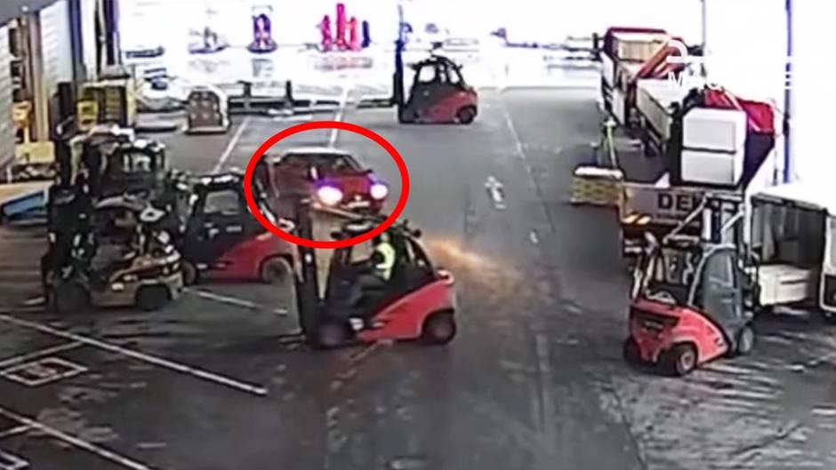 Heldenhaft: Wie einstudiert: Gabelstapler-Fahrer stoppen Dieb
