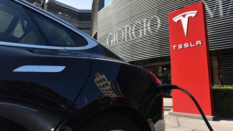 Der Autobauer Tesla hat derzeit enorme Fertigungs- und Qualitätsprobleme