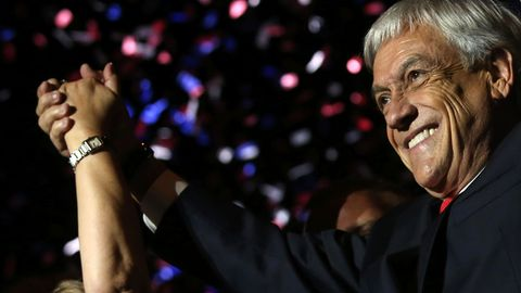Sebastián Piñera feiert nach der gewonnen Präsidentschaftswahl in Chile