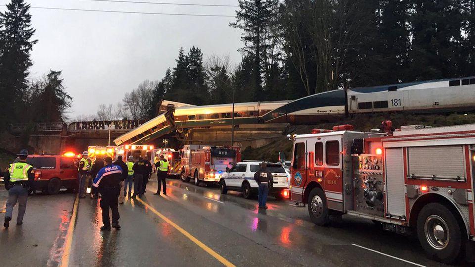 Im Amtrak-Zug 501 sollen mehr als 80 Menschen gewesen sein