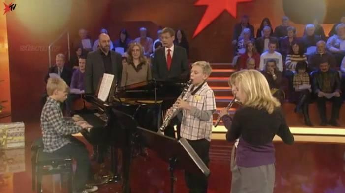 Alle Jahre wieder!: So schön haben die Beutelspacher-Fünflinge bei stern TV Weihnachtsmusik gemacht
