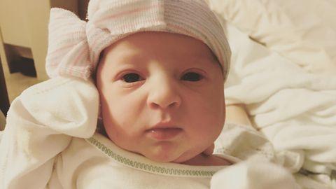 Die Mutter der kleinen Emma ist bei der Geburt 25 Jahre alt gewesen und damit kaum älter als der Embryo