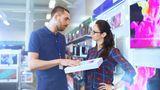 Platz 11: Penetrante Verkäufer  Allzu offensive Verkäufer kommen beim Kunden nicht gut an. Manchmal ist mehr Zurückhaltung gefragt.