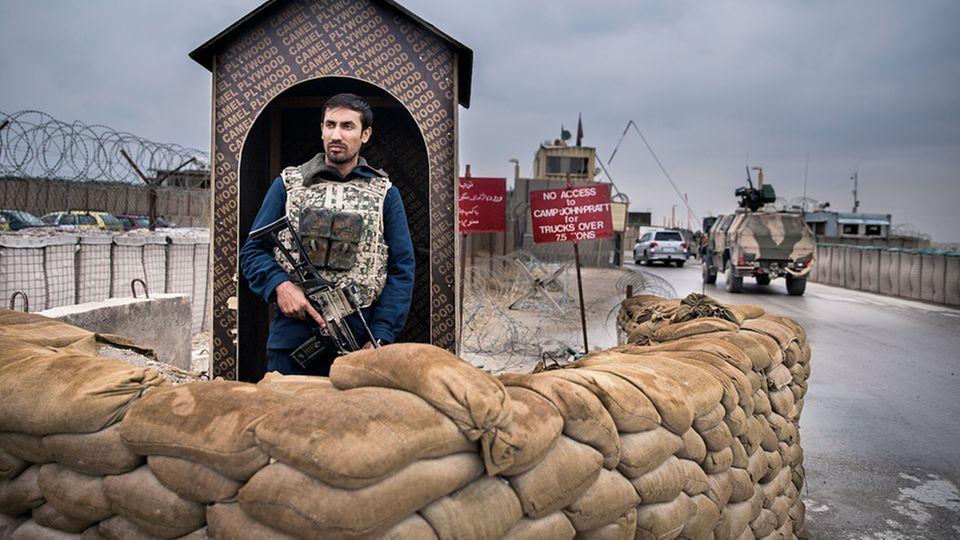 Das Nato-Lager ist durch mehrere Verteidigungsringe geschützt