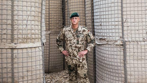 """Endloser Einsatz: Brigadegeneral Wolf-Jürgen Stahl ist der Oberkommandierende der Deutschen in Afghanistan. Er sagt: """"Wir brauchen hier mehr Soldaten. Und wir brauchen mehr Zeit"""""""