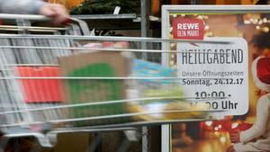 """""""Mit Rewe können wir uns freu'n"""": Zweitklässler singen PR-Weihnachtsloblied - Eltern erzürnt"""