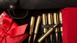 Waffen werden in den USA zu Weihnachten häufig verschenkt
