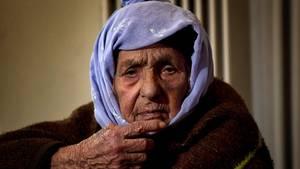 Die 100 Jahre alte Laila Saleh aus Syrien
