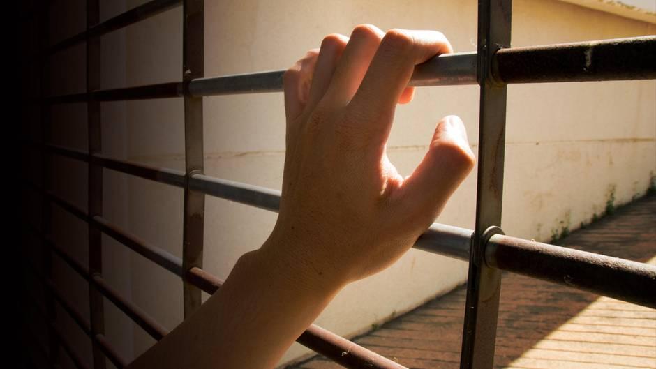 In Ägypten wurde eine Britin zu drei Jahren Haft verurteilt, weil sie ihrem Ehemann Medikamente mitbringen wollte (Symbolfoto)