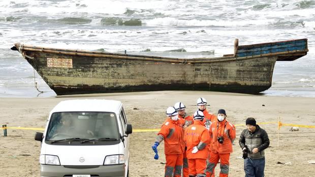 Immer wieder werden vor der Küste Japans Schiffe mit Leichen entdeckt Vermutlich stammen sie aus Nordkorea (Archivbild).