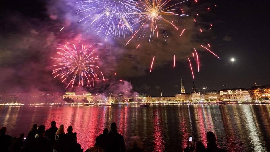 Ein Feuerwerk in Hamburg