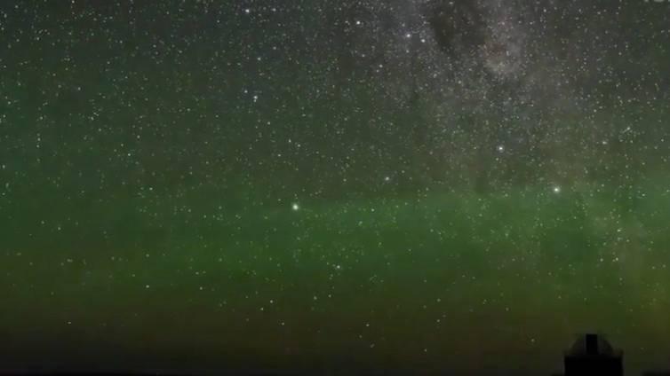 Naturspektakel in Großbritannien: Der Himmel leuchtet grün - doch um Polarlichter handelt es sich nicht
