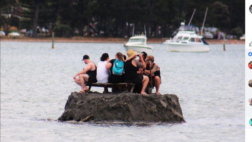 Not macht erfinderisch: Wie diese Neuseeländer das örtliche Alkoholverbot umgehen, ist einmalig