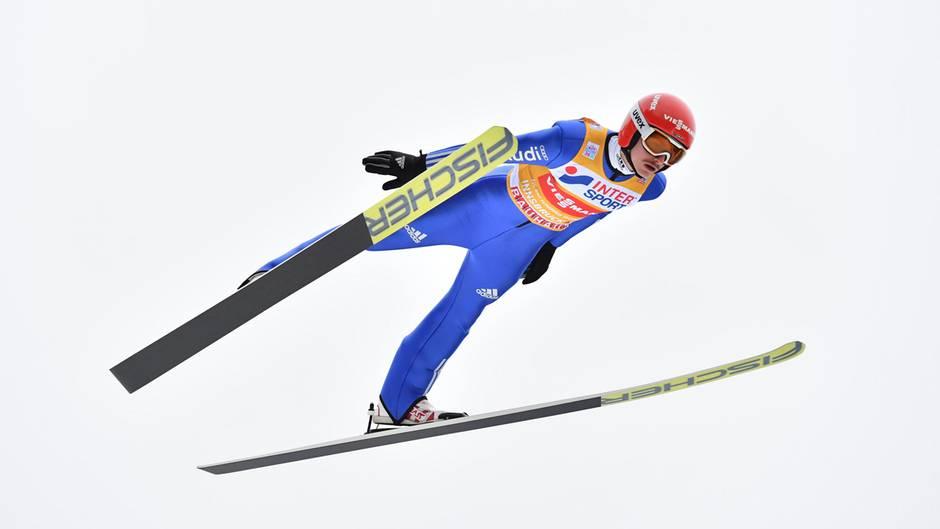 Richard Freitag flog in der Quali in Innsbruck auf Rang drei.