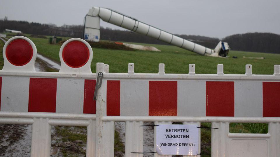 Umgestürzte Windkraftanlage