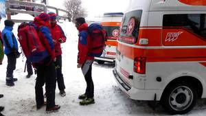 Lawinenunglück in Südtirol: Die Bergrettung bespricht die Lage am Einsatzort