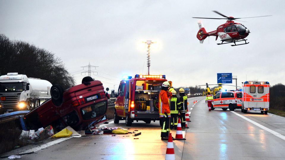 Bei dem Unfall auf der A6 waren auch zwei Rettungshubschrauber im Einsatz