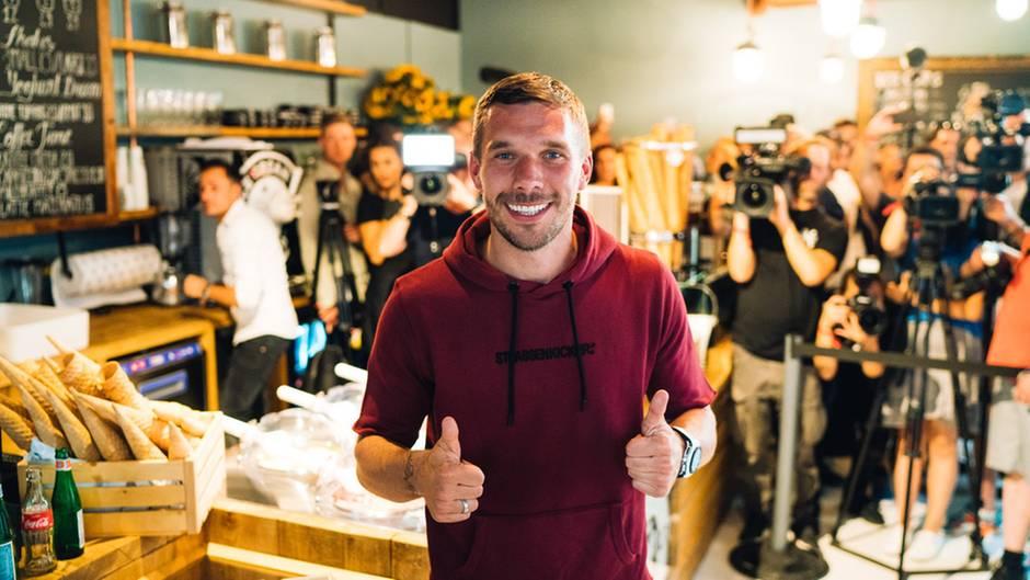 Lukas Podolski eröffnet Döner-Bude - wo, ist keine Überraschung