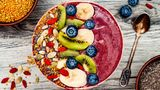 2018 wird bunt  Umso bunter unser Essen, desto besser sieht es auf dem Foto aus. Vor allem wichtig für Instagram, deshalb werden wir immer buntere Gerichte auf den Tellern finden.