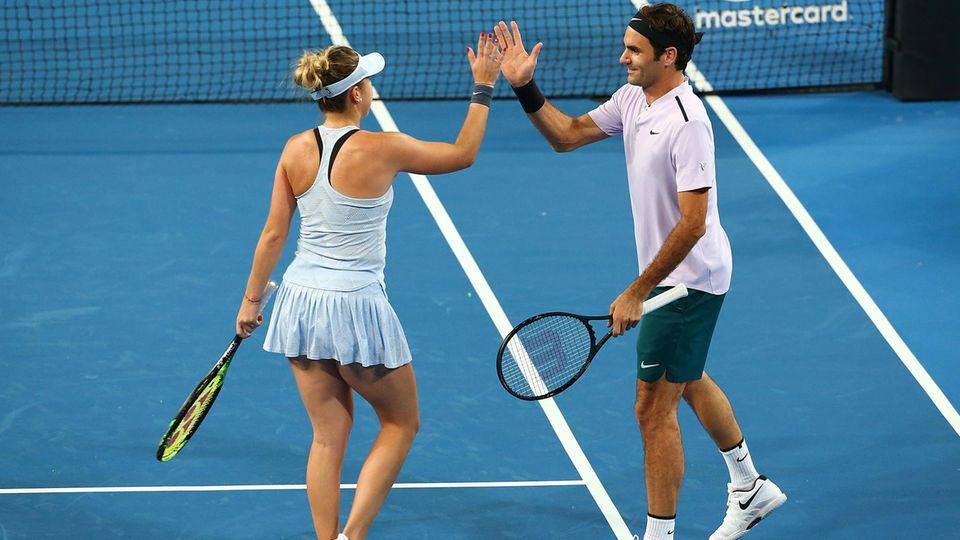 Belinda Becic und Roger Federer beim Hopman Cup