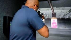 Die AR-15 ist keine Waffen für Scharfschützen - aber auf Distanzen bis zu 200 Meter trifft die Waffe präzisere.
