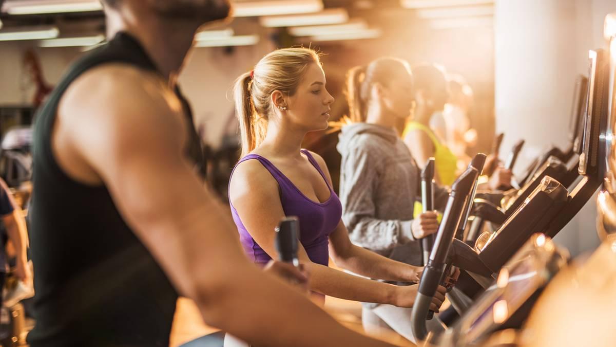 Ins Kleingedruckte gucken: Die Tücken des Fitnessstudio-Vertrags: So werden Sie ihn wieder los
