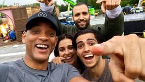 """Der """"Aladdin""""-Cast zu Beginn des Drehstarts. Hollywood-Star Will Smith wird die Rolle des Dschinni übernehmen."""