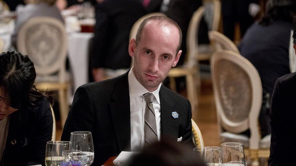 """""""Müll-Autor eines Müll-Buchs"""": CNN bricht turbulentes Interview mit Trump-Berater ab"""