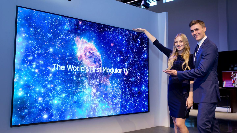 Samsungs neuer Fernseher ist groß. Ziemlich groß.