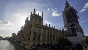 Außen stattlich, innen schlüpfrig? In den Houses of Parliament soll zehntausende Mal versucht worden sein, auf Porno-Seiten zuzugreifen. Größtenteils nicht absichtlich, heißt es vom Parlamentssprecher.