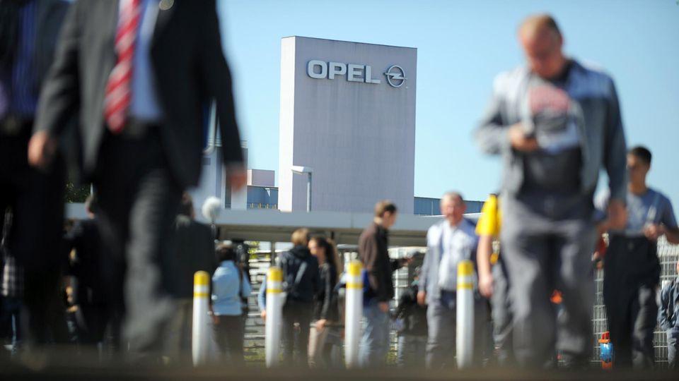 Die Mitarbeiter im Opel-Stammwerk in Rüsselsheim werden in Kurzarbeit geschickt