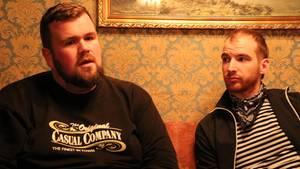 Die Musiker Monchi Gorkow und Christoph Sell von der Band Feine Sahne Fischfilet