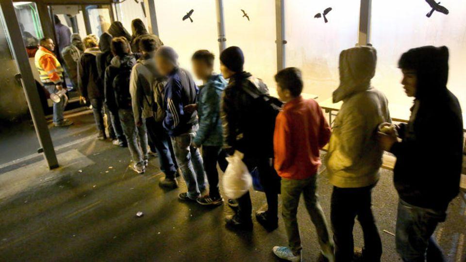 Flüchtlingskinder in einer Transitzone in Rostock (Symbolbild)