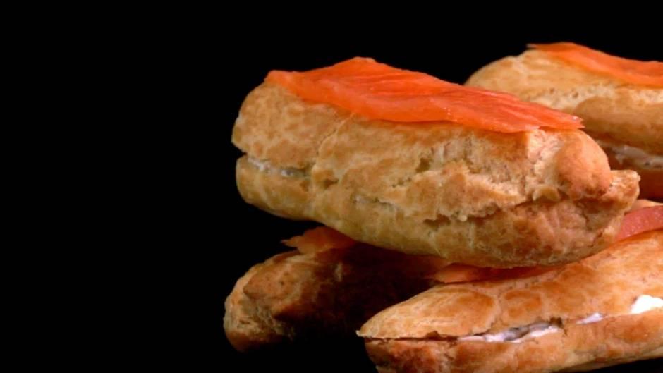 Herzhaft trifft süß: Lachs-Eclair: mit diesem Rezept punkten Sie auf jeder Feier