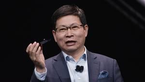 Huawei-Chef Richard Yu bei der Präsentation des Mate 10 Pro auf der CES in Las Vegas