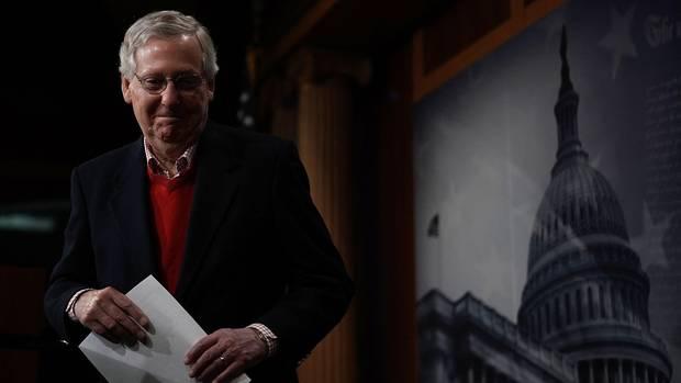 Mitch McConnell: Warum der Republikaner den Abstieg von Steve Bannon feiert