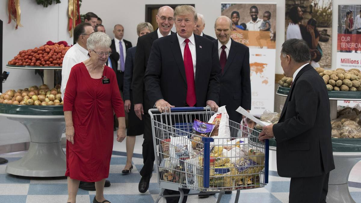 """Donald Trump vor Gesundheitscheck - ist der Fast-Food-Fan """"amtsunfähig""""?"""