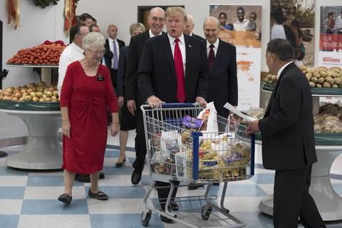 """""""Ich denke, alles wird gutgehen"""": Donald Trump vor Gesundheitscheck - ist der Fast-Food-Fan """"amtsunfähig""""?"""