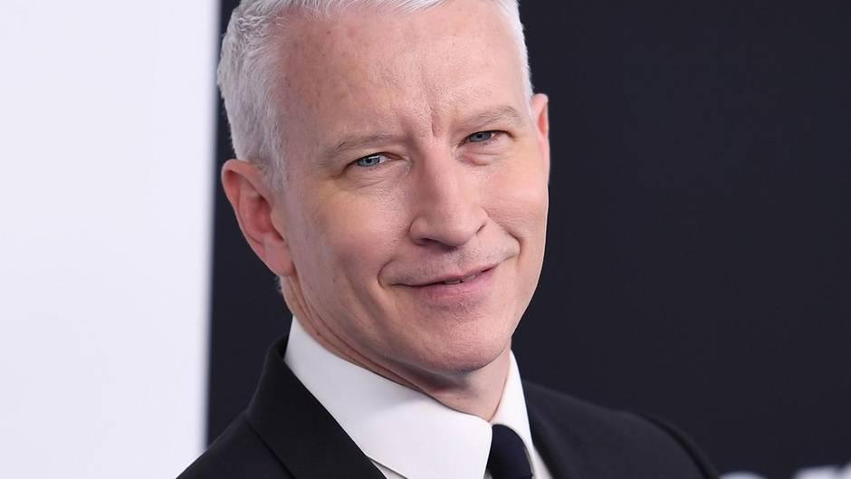 CNN-Moderator Anderson Cooper