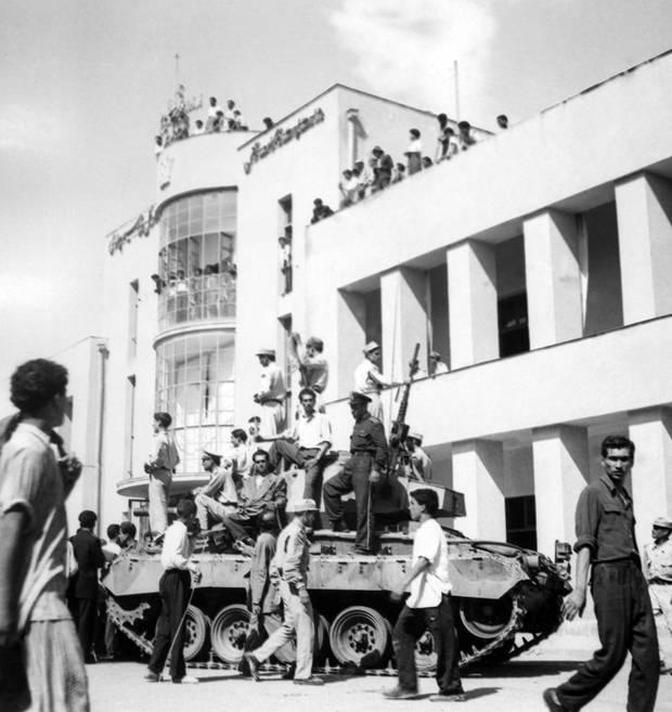 Während des von der CIA initiierten Coups 1953 wurden auch Radio-Stationen besetzt