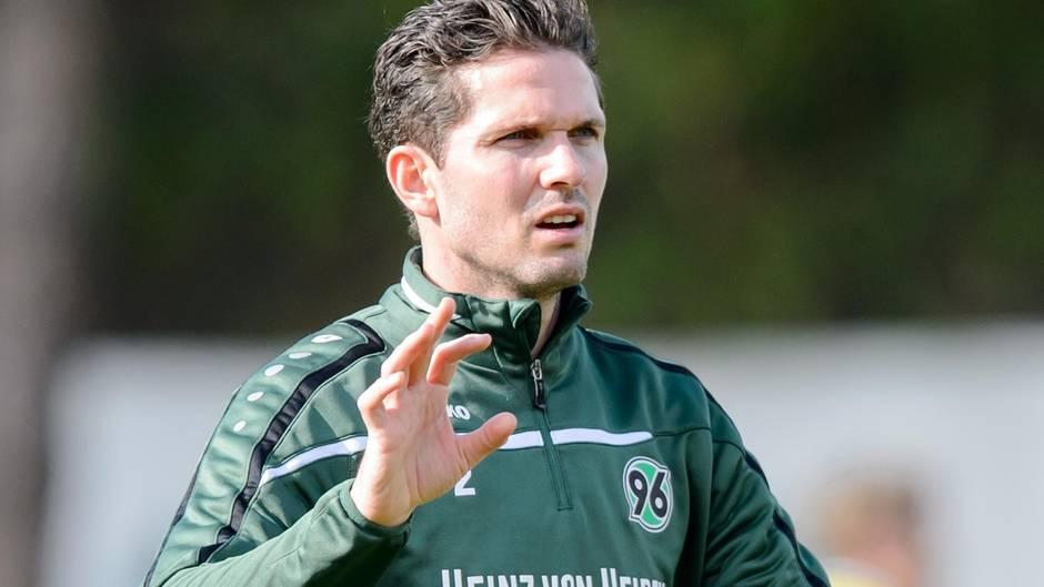 Leon Andreasen während eines Trainings des Bundesligisten Hannover 96