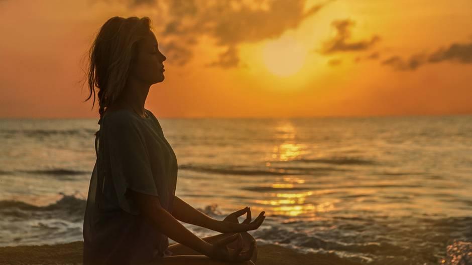 Entspannung per App: Meditieren lernen per Online-Kurs