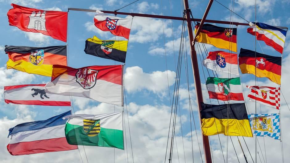 Deutschland-Quiz: Erkennen Sie diese Bundesländer am Slogan?