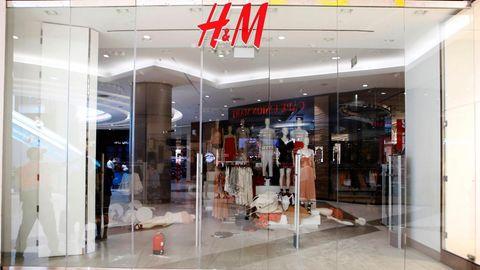 Eine verwüstete H&M-Filiale in Südafrika