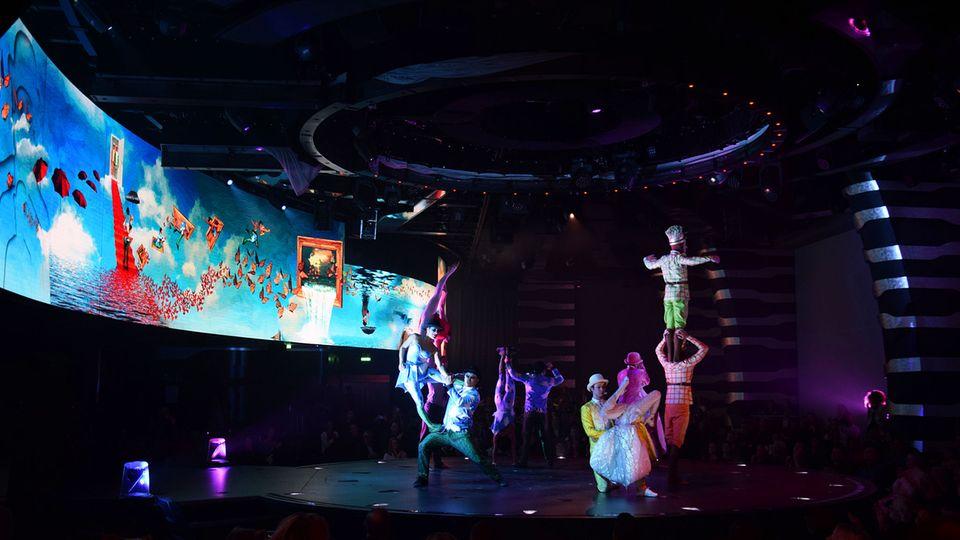 Cirque du Soleil at Sea