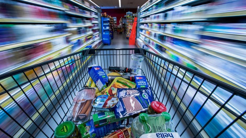 """Molkereiunternehmen """"TINE"""": Gegen Lebensmittelverschwendung: Norwegen passt Haltbarkeitsangabe an"""