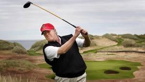 Donald Trump liebt Golf. Das war schon 2012 so (damals ist dieses Bild entstanden), das ist auch noch heute so.
