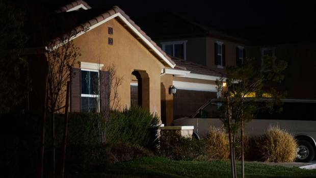 Das Haus der Familie im Dunkeln: Für 13 Geschwister in Kalifornien muss das Zuhause die Hölle gewesen sein - kaum zu essen oder zu trinken, von den Eltern ans Bett gefesselt.